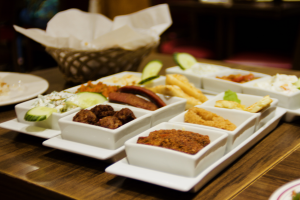 MEZE PLATE(Recommended for 2-4 person)